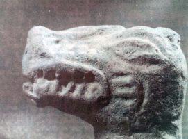 Cabeza de barro de Tiranosaurio
