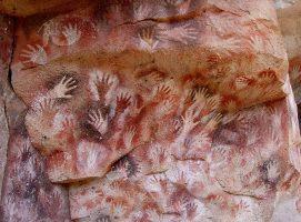 Nueva Acrópolis - manos