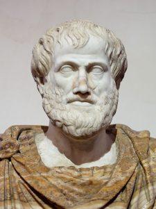 Busto de Aristóteles. Mármol, copia romana de un bronce griego de Lisippos del 330 a.C.; el manto de alabastro es un añadido moderno.